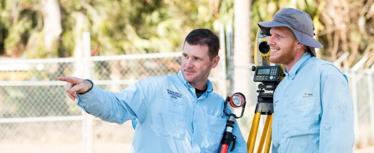 Two Blackwell surveyors on the job.